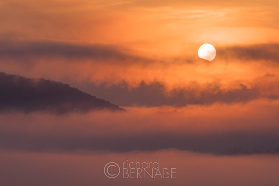 Great Smoky Mountains Sunrise with Canon EOS 5D Mark IV